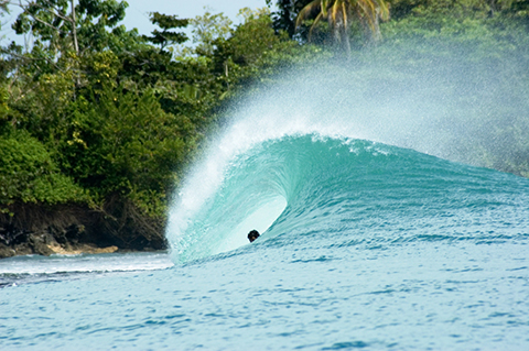 bocas wave3 Destination: Bocas Del Toro, Panama