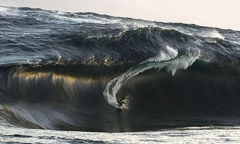 kerbybrownwave Kerby Brown Rides 40 ft Monster Wave in Western Australia