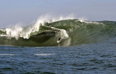 surfermag new california slab 4 584x371 New Monster Slab Discovered in Oregon